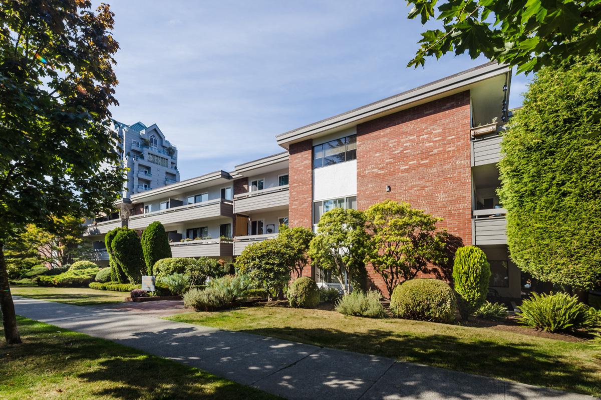 Balmoral Park Apartments
