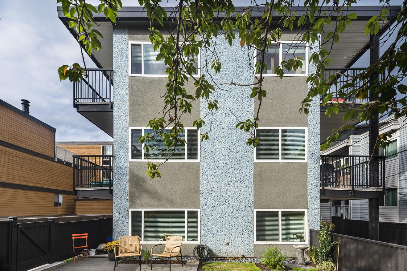 Connie Lynn Apartments