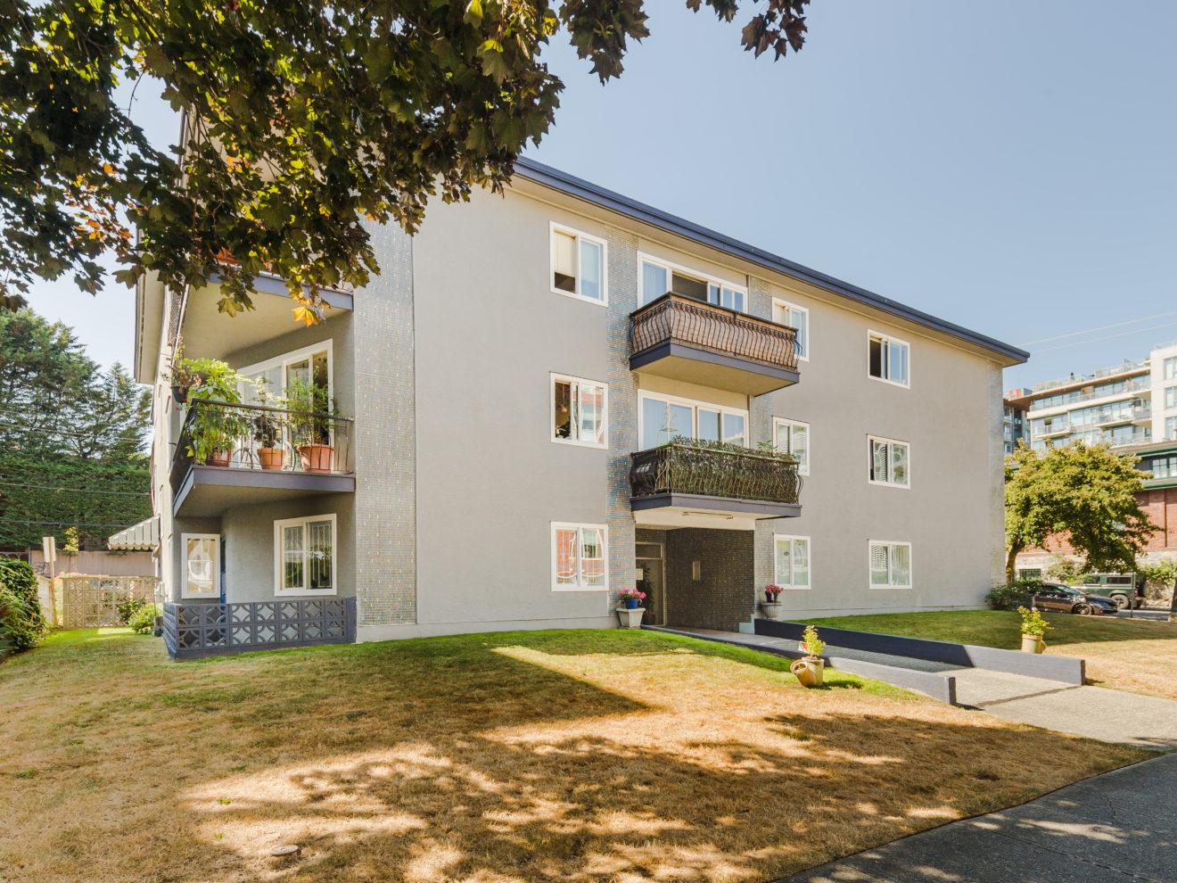 Scotia Apartments